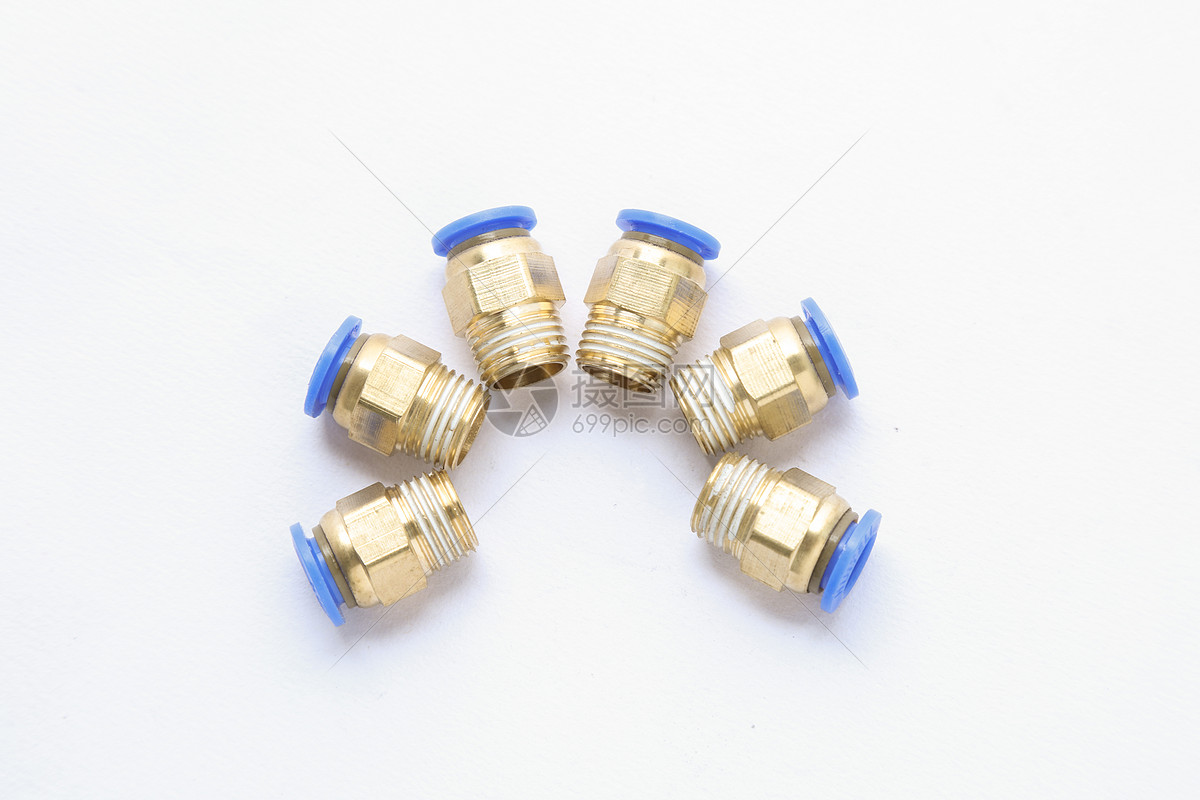 全铜水管连接头图片