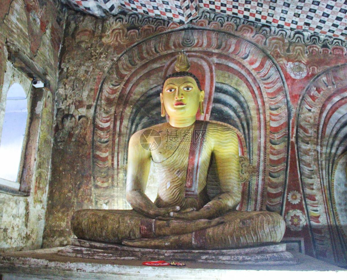 斯里兰卡丹布勒石窟佛像图片