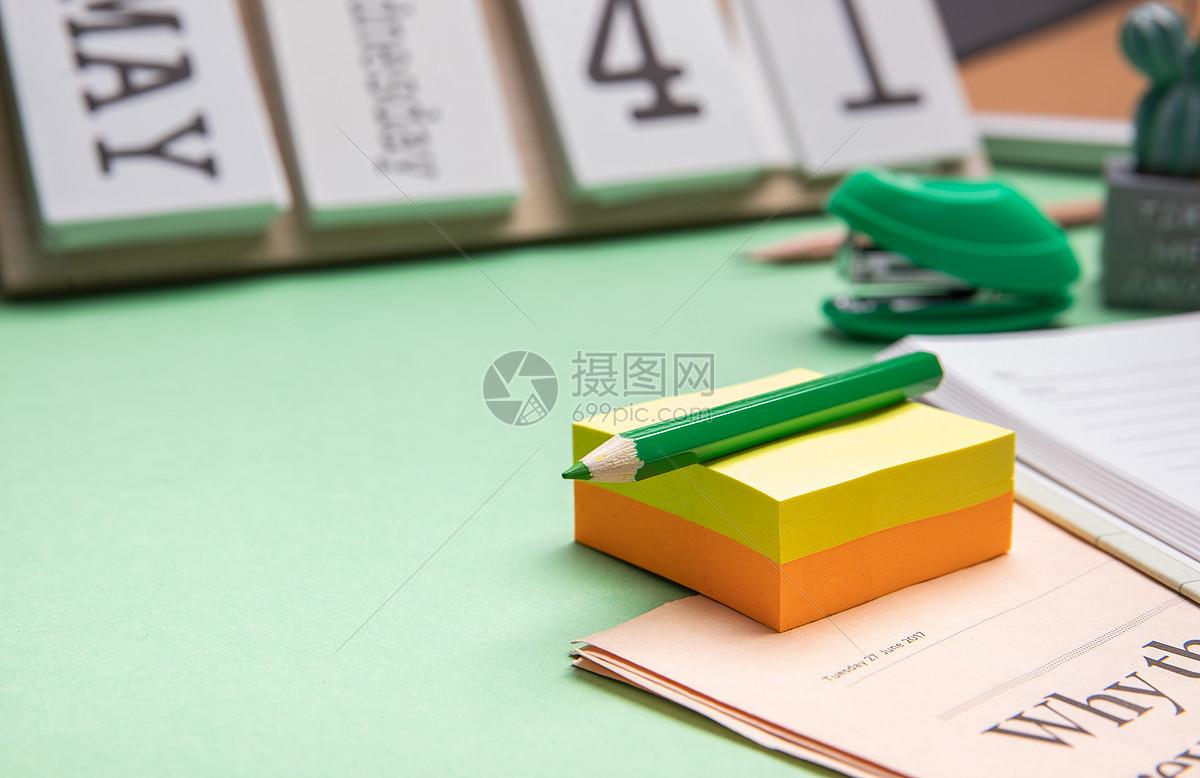 创意学生桌面图片