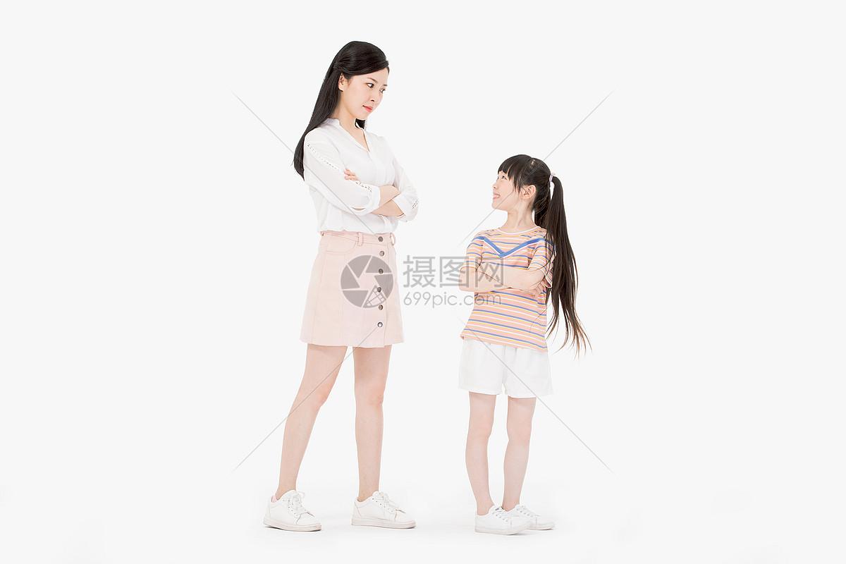 批评女儿图片