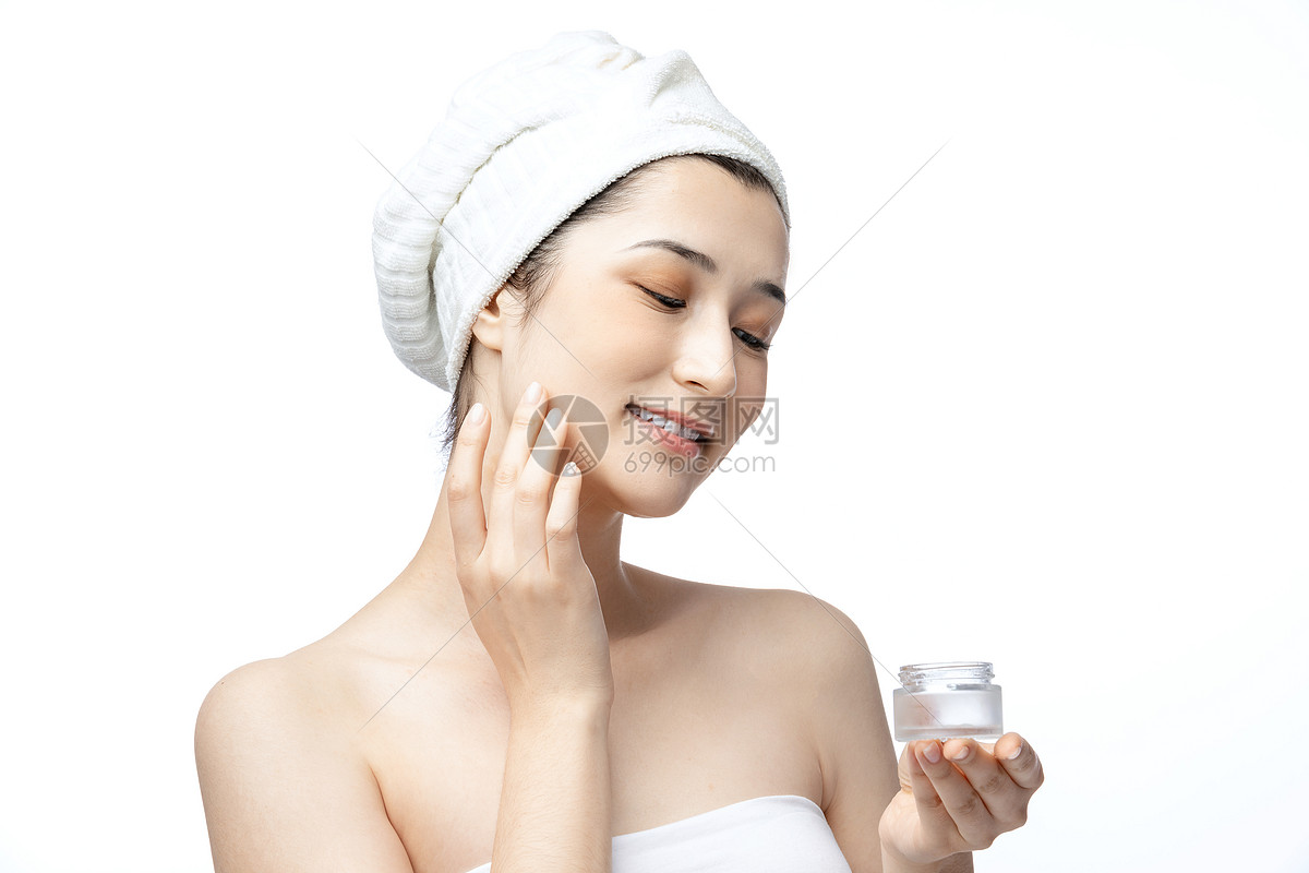 女性护肤面霜乳液图片