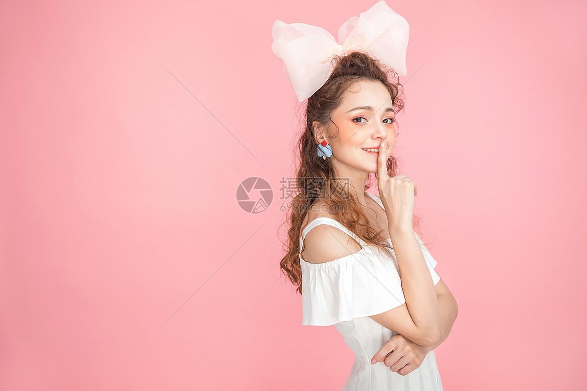 美妆少女图片